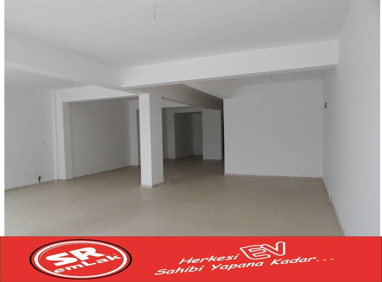 SR EMLAK'TAN TANDOĞAN MAH'DE 100 m² CADDE ÜZERİNDE KİRALIK DÜKKAN