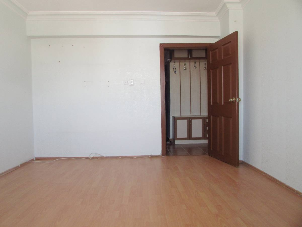 SR EMLAK'TAN TANDOĞAN MAHALLESİN'DE 3+1 260 m² 2 BAĞIMSIZ GİRİŞLİ DAİRE