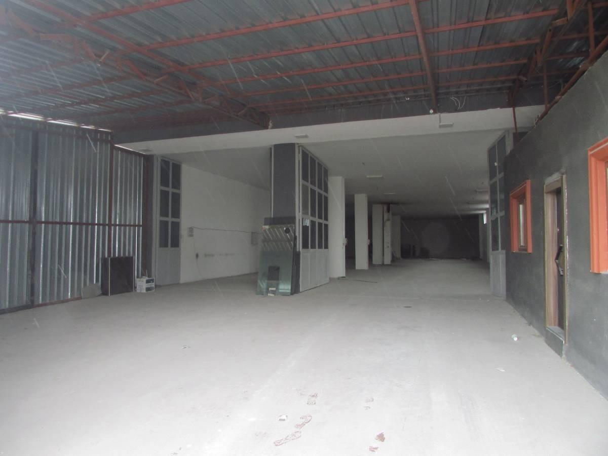 SR EMLAK'TAN AHİEVRAN MAH'DE 1750 m² CADDE ÜZERİNDE SATILIK DÜKKAN