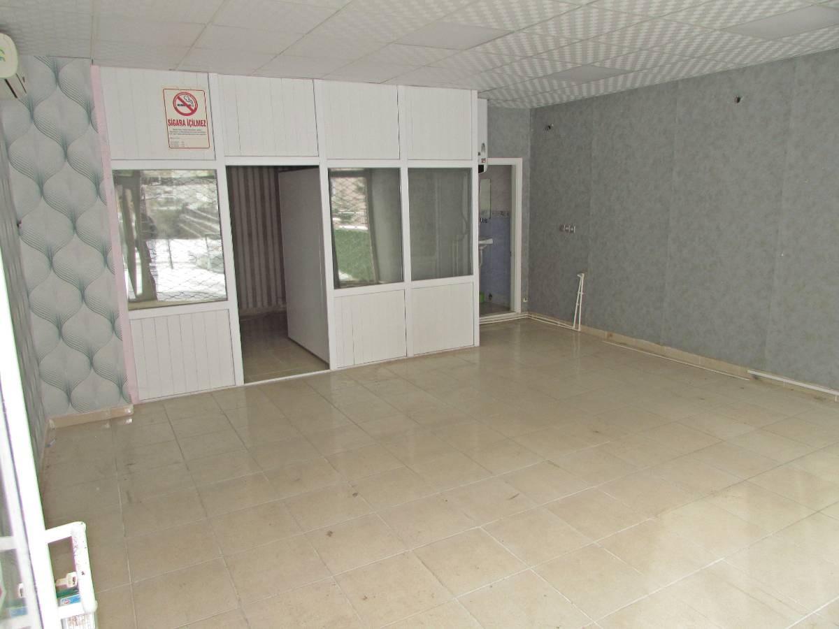 SR EMLAK'TAN PINARBAŞI  MAH'DE 40 m² ULAŞIMA YAKIN SATILIK DÜKKAN