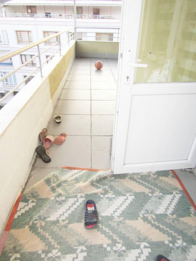 SR EMLAK'TAN PİYADE MAH'DE 5+2 250 m² CADDEYE YAKIN TERAS DAİRE