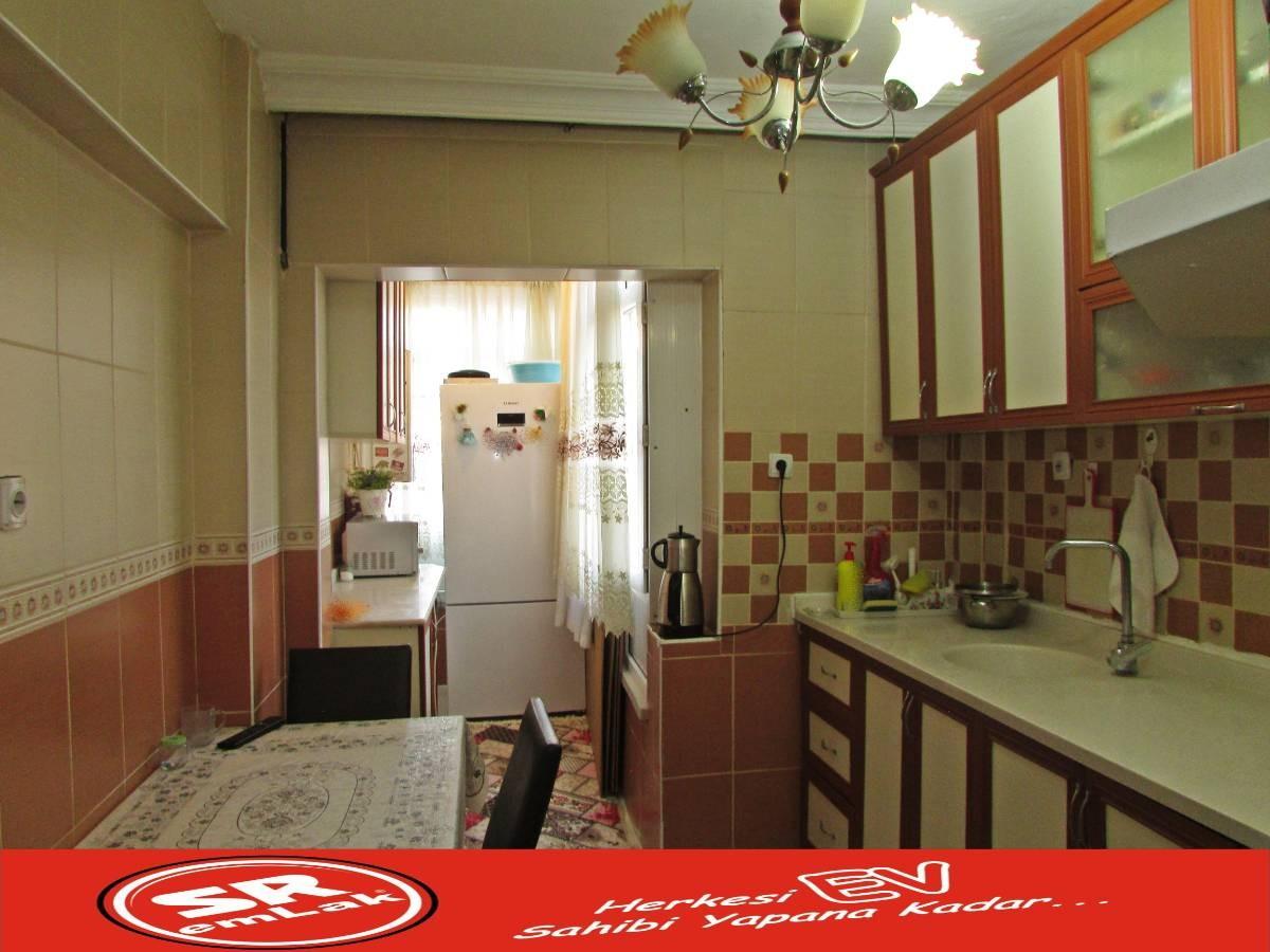 SR EMLAK'TAN OSMANLI MAHALLESİN'DE 3+1 115 m² YAPILI ARA KAT'TA DAİRE