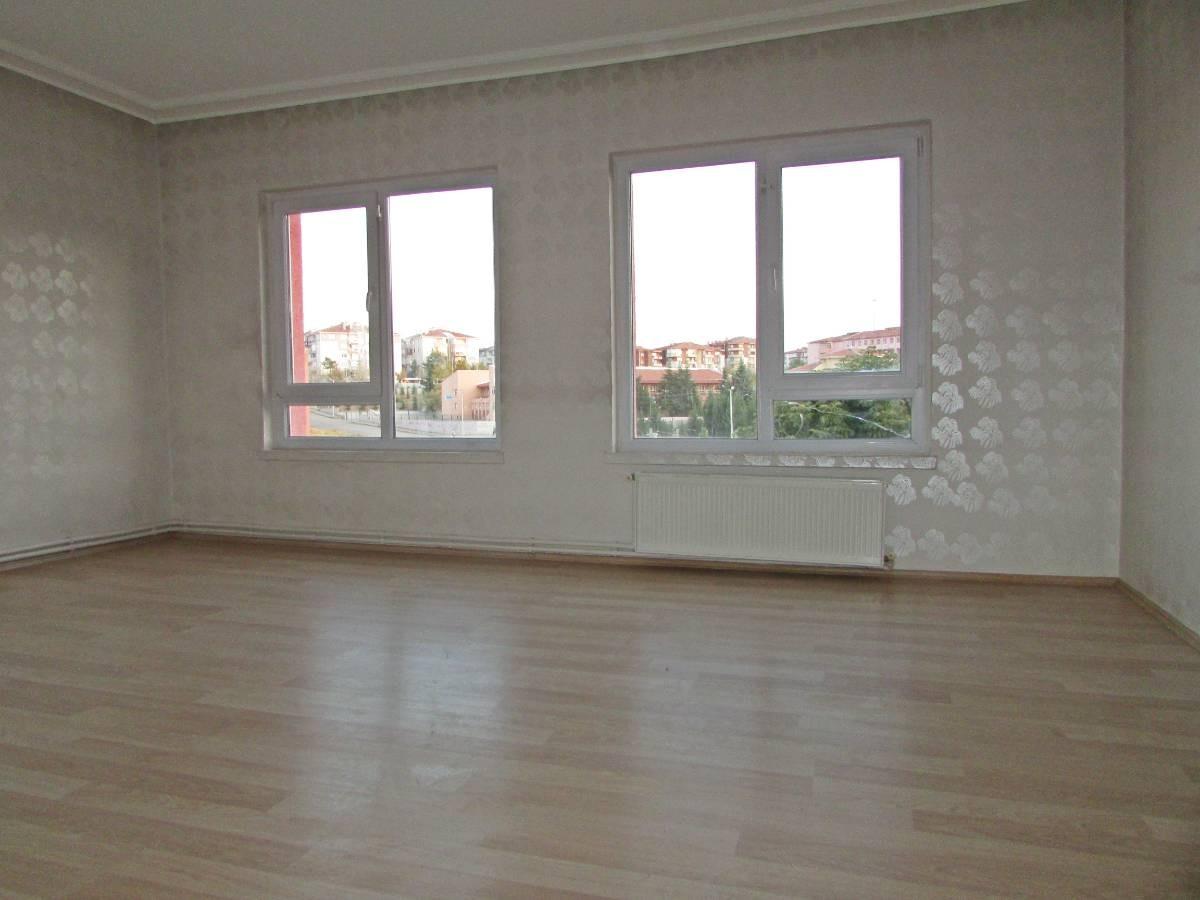 SR EMLAK'TAN OSMANLI  MAH'DE  3+1 115 m² ARA KAT'TA  ÖN CEPHE YAPILI  DAİRE