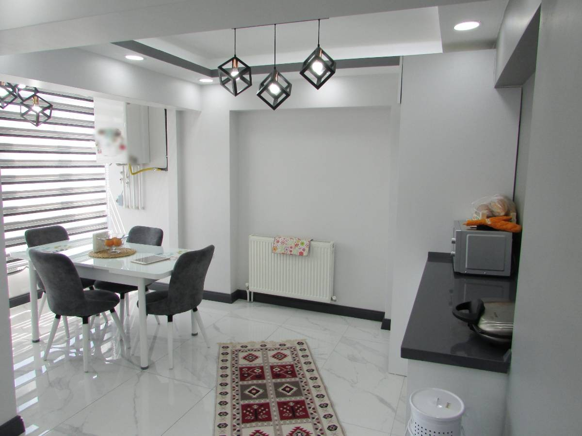 SR EMLAK'TAN AHİEVRAN MAH'DE 4+1 200 m² FULL YAPILI BAĞIMSIZ ÖN CEPHE TERAS