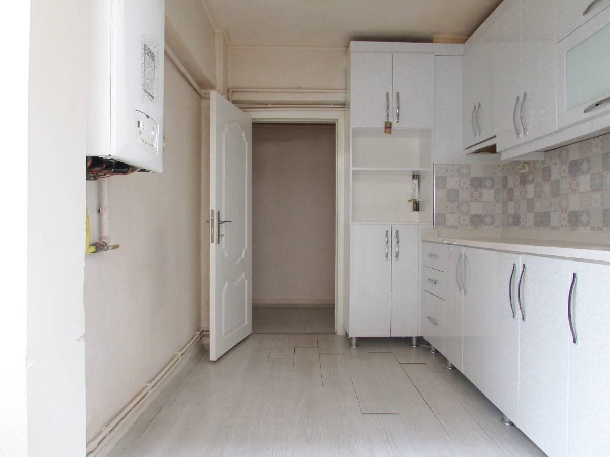 SR EMLAK'TAN AKŞEMSETTİN MAH'DE 3+1 115 m² ARA KATTA BAĞIMSIZ ÖN CEPHE DAİRE