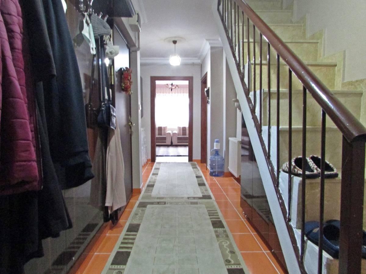 SR EMLAK'TAN İSTASYON MAH'DE 3+1 180 m² BAĞIMSIZ  ÖN CEPHE TRENE YAKIN TERAS