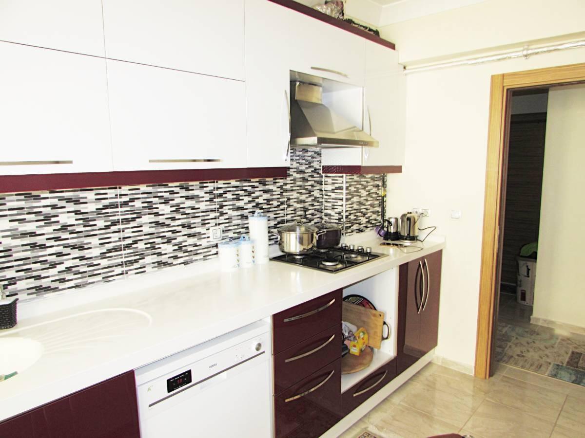 SR EMLAK'TAN M. ÇAKMAK MAH'DE 3+1 110 m² ARA KATTA BAĞIMSIZ DAİRE