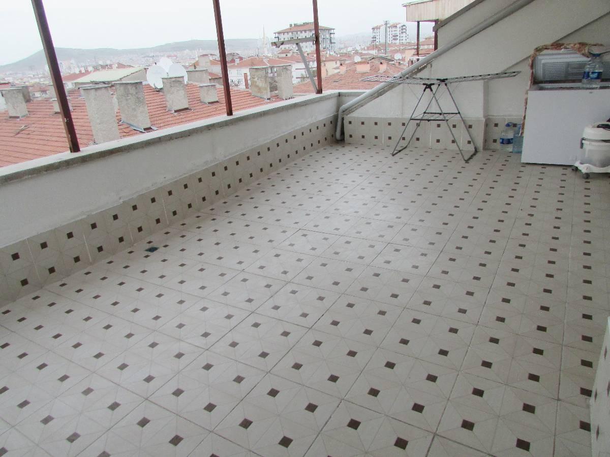 SR EMLAK'TAN TANDOĞAN MAHALLESİN'DE 4+1   200m²  FULL YAPILI SATILIK TERAS