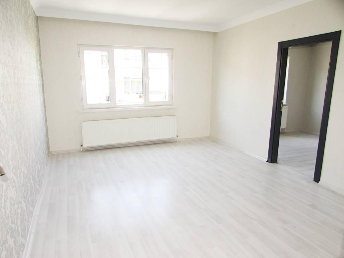 SR EMLAK'TAN M. ÇAKMAK MAH'DE 3+1 115m² ARA KATTA FULL YAPILI DAİRE