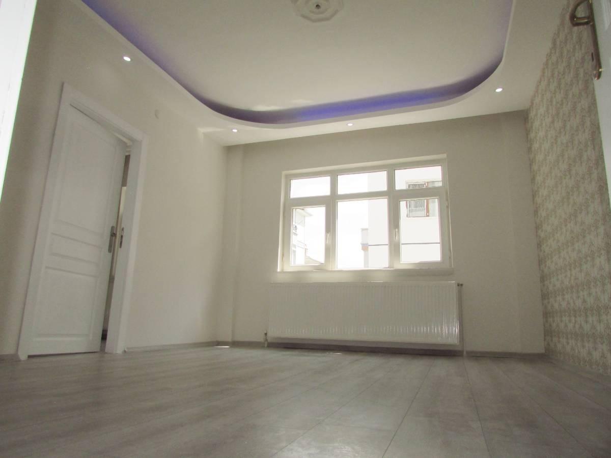 SR EMLAK'TAN MALAZGİRT MAH'DE 3+1 115 m²  FULL YAPILI DAİRE