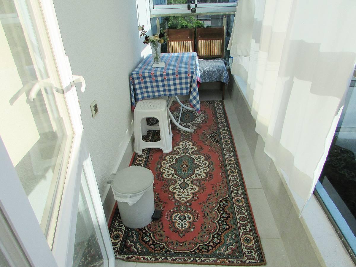 SR EMLAK'TAN AKŞEMSETTİN MAH'DE 3+1 120 m² ASANSÖRLÜ ÖN CEPHE FULL YAPILI SATILIK DAİRE
