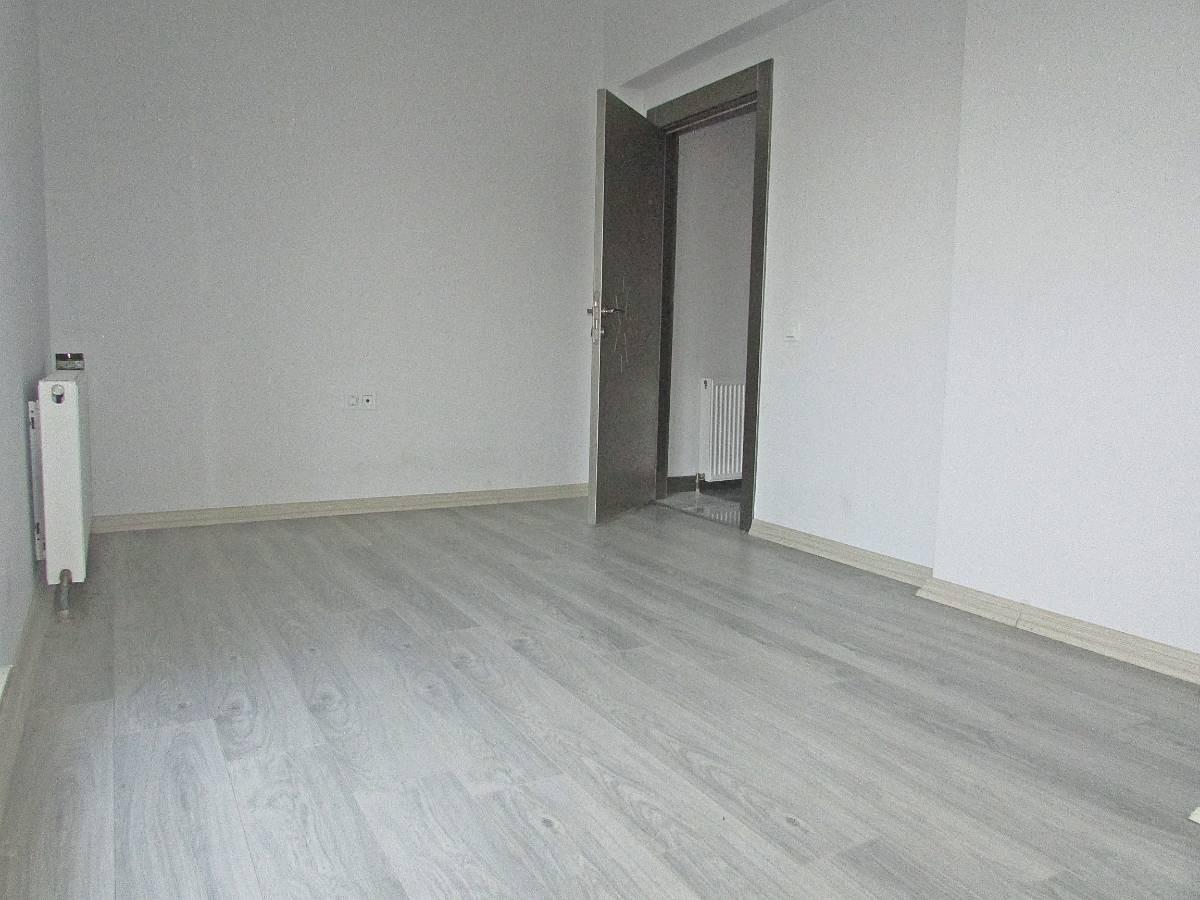 SR EMLAK'TAN YEŞİLOVA MAH'DE 3+1 180m² FULL YAPILI MANZARALI TERAS