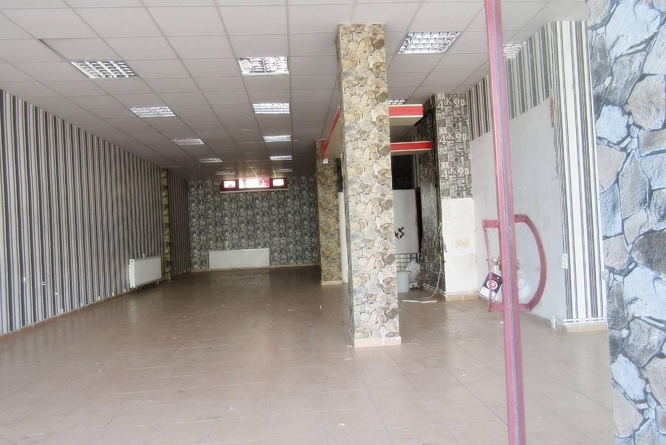 SR EMLAK'DAN TOPÇU MAH'DE 120m² CADDE ÜZERİ YAPILI HEM SATILIK HEM SATILIK DÜKKAN
