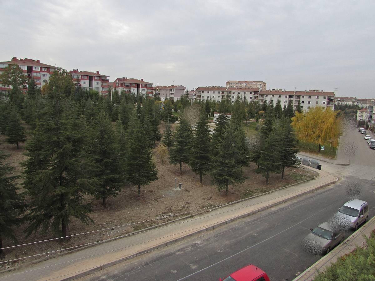 SR EMLAK'TAN E.GAZİ MAH'DE 3+1 110m² SİTE İÇİNDE BAĞIMSIZ ÖN CEPHE DAİRE
