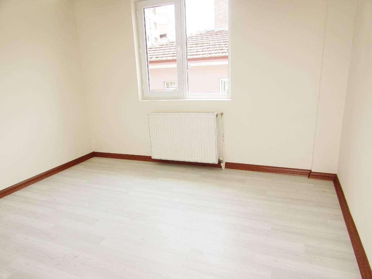 SR EMLAK'TAN M. ÇAKMAK MAH'DE 3+1 115m²  FULL YAPILI ÖN CEPHE DAİRE