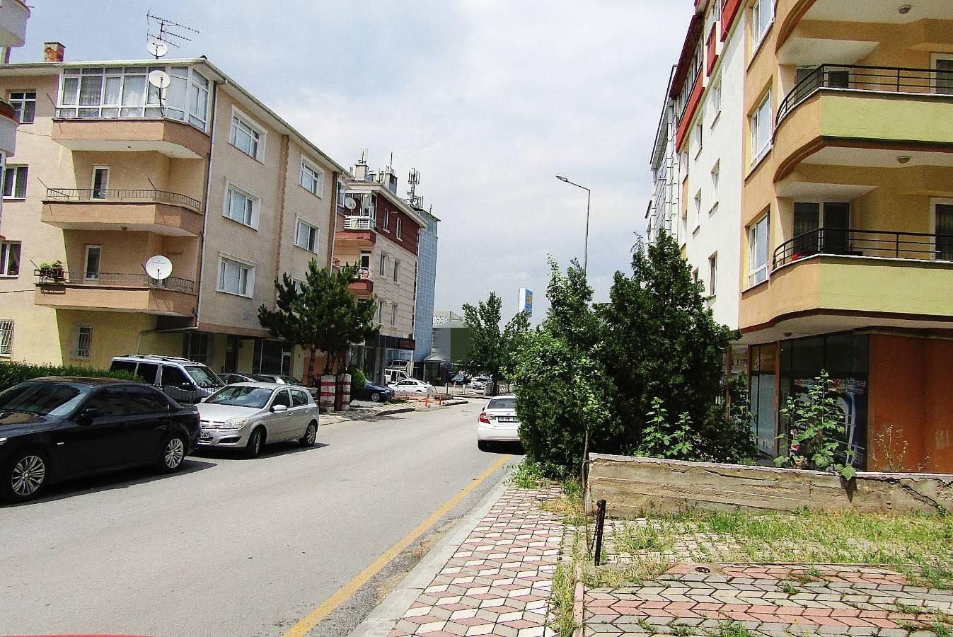 SR EMLAK'TAN PİYADE MAH'DE 35m² CADDEYE YAKIN KİRALIK DÜKKAN