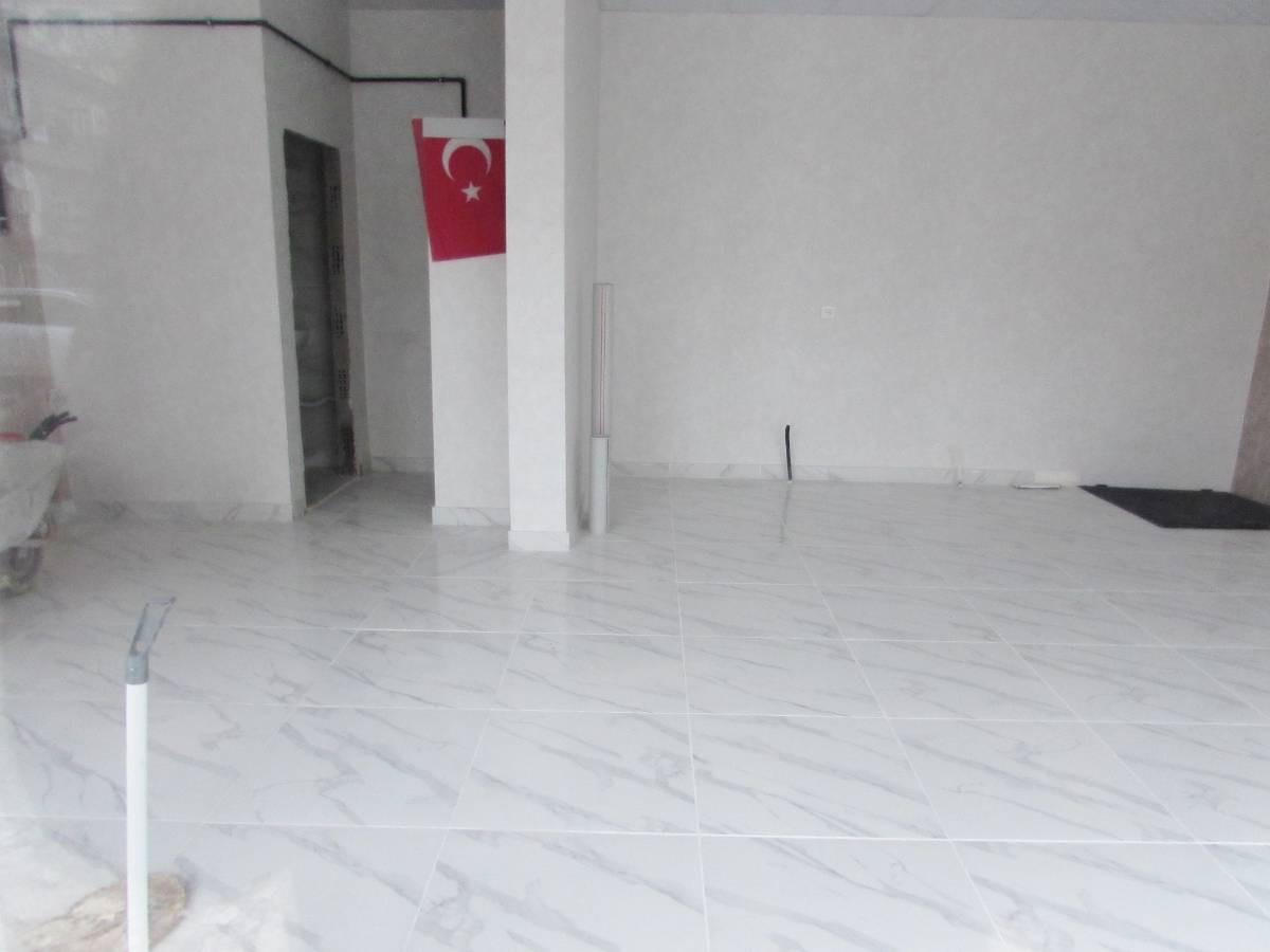 SR EMLAK'TAN M.ÇAKMAK MAH'DE 50m² CADDEYE YAKIN SATILIK DÜKKAN