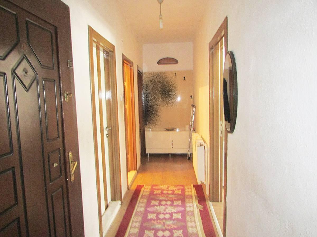 SR EMLAK'TAN İSTASYON MAH'DE 2+1 85 m² ARA KATTA SATILIK DAİRE