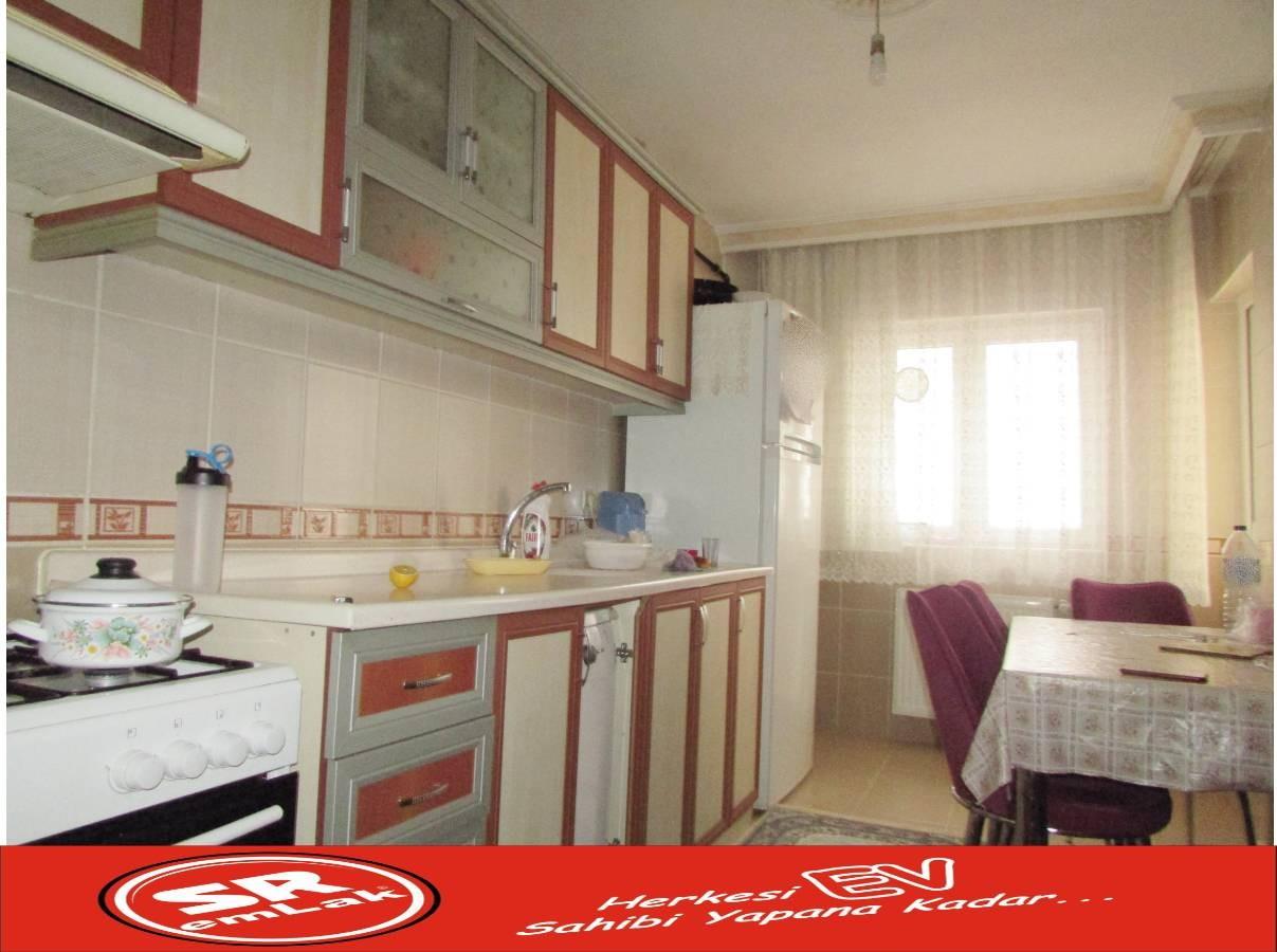 SR EMLAK'TAN MALAZGİRT MAHALLESİN'DE 3+1 120 m² BAĞIMSIZ KİLERLİ DAİRE