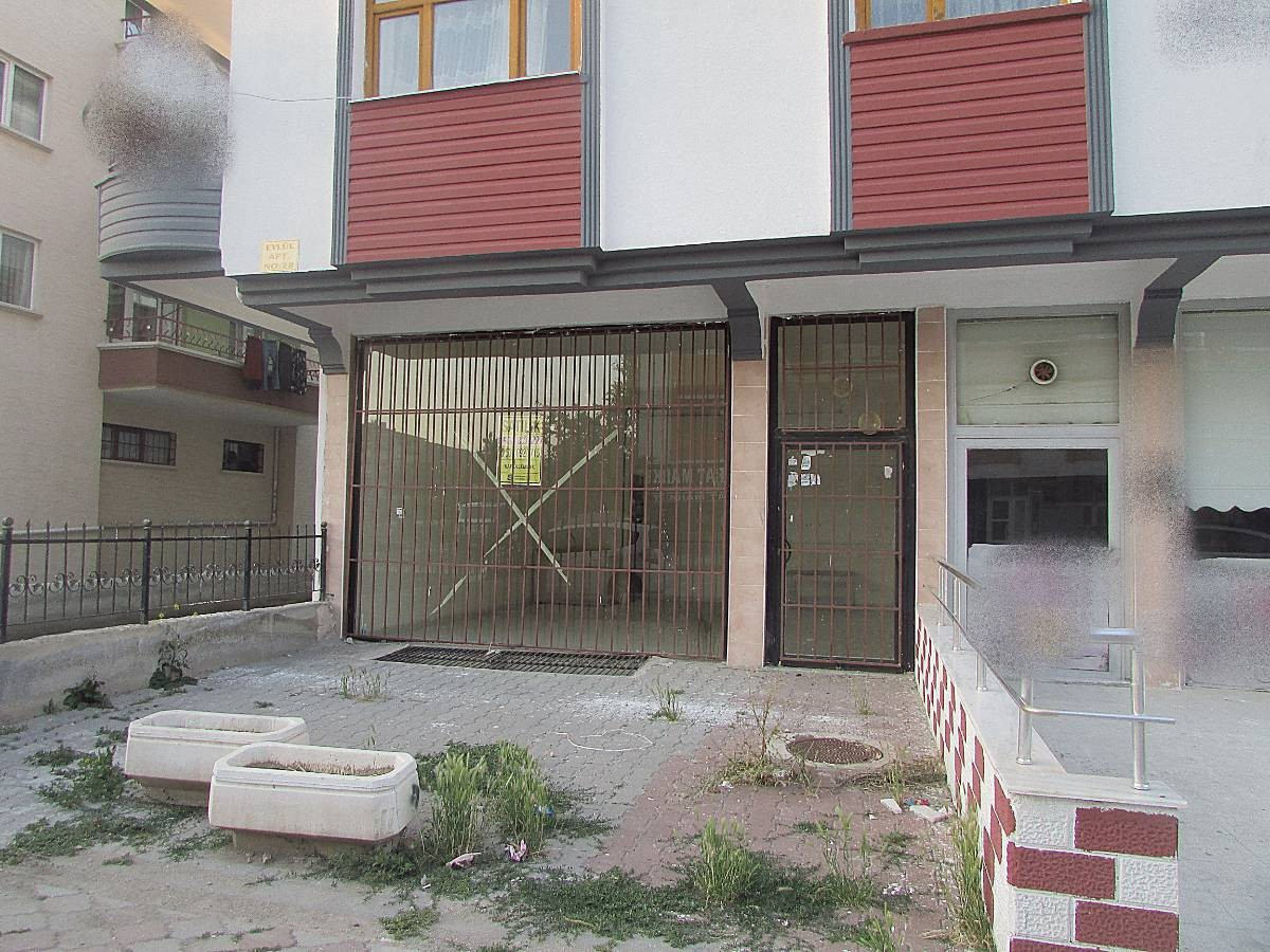 SR EMLAK'TAN PINARBAŞI MAH'DE  65m² CADDE ÜSTÜ SATILIK DÜKKAN
