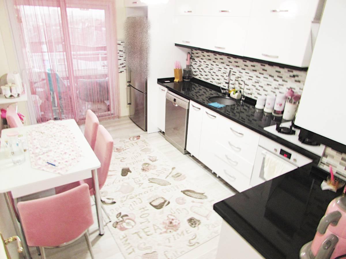 SR EMLAK'TAN OSMANLI MAH'DE 3+1 120 m²  KATTA BAĞIMSIZ ÖN CEPHE DAİRE