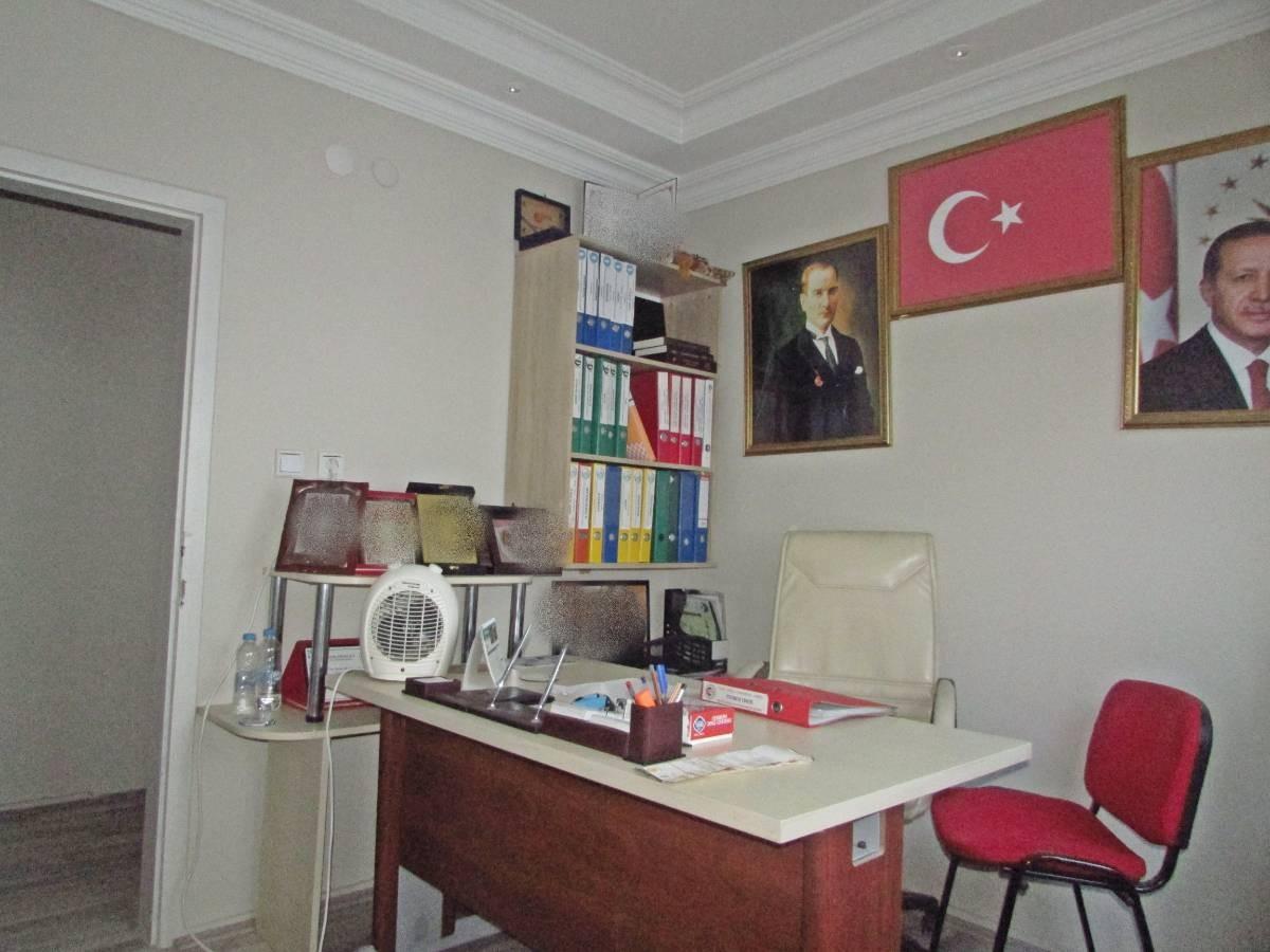 SR EMLAK'TAN ATATÜRK MAH'DE 2+1 100 m² ÇARŞI MERKEZDE OFİS