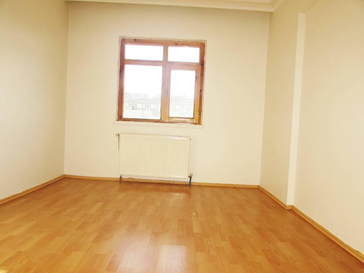 SR EMLAK'TAN SELÇUKLU MAH'DE 3+1 120 m² BAĞIMSIZ ASANSÖRLÜ DAİRE