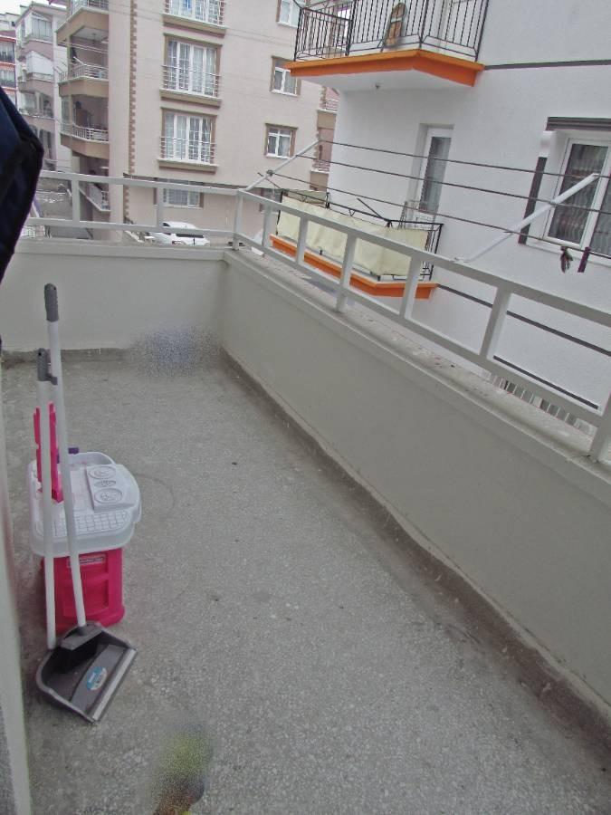 SR EMLAK'TAN PINARBAŞI MAH'DE 2+1 90m² ARA KATTA ULAŞIMA YAKIN DAİRE