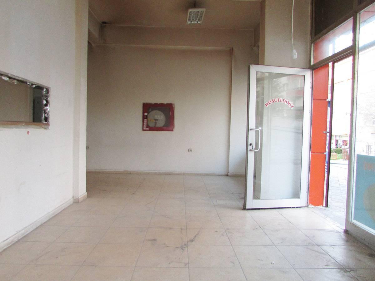 SR EMLAK'TAN MALAZGİRT MAH'DE  180 m² CADDE ÜZERİNDE KÖŞE BAŞI  SATILIK DÜKKAN