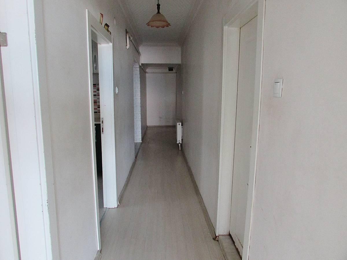 SR EMLAK'TAN AKŞEMSETTİN MAH'DE 3+1 100 m² ÖN CEPHE ULAŞIMA YAKIN  DAİRE