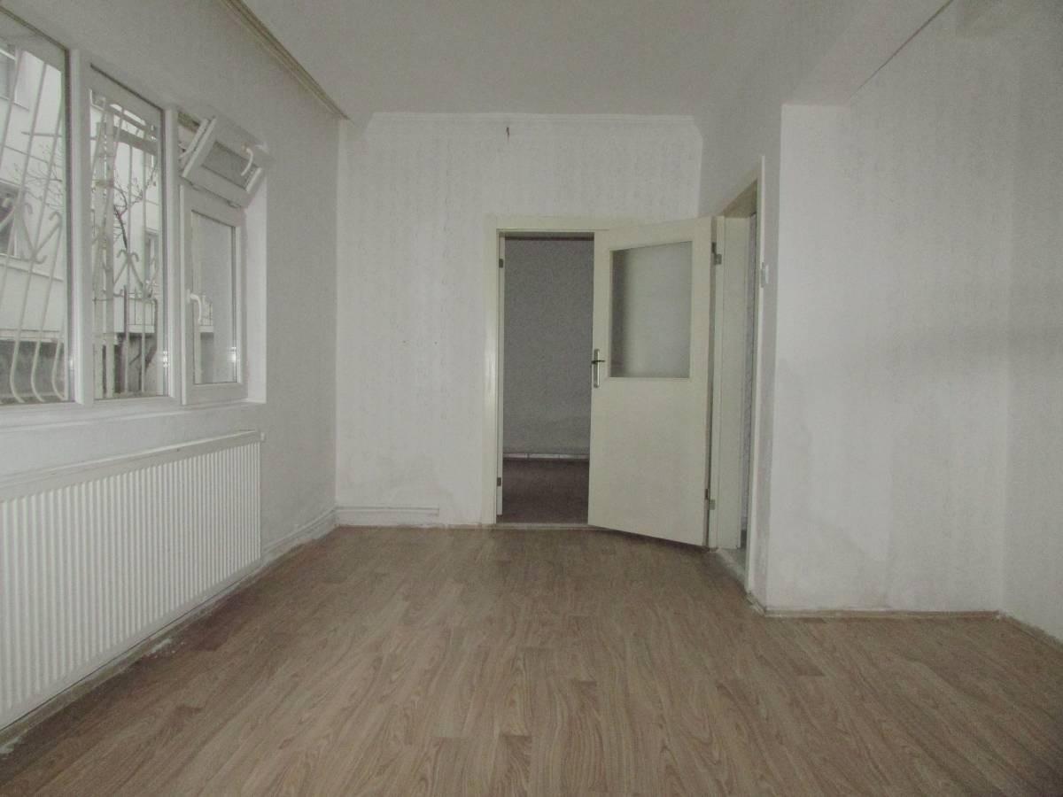 SR EMLAK'TAN PINARBAŞI MAHALLESİN'DE 2+1 75 m² MANTOLAMALI DAİRE