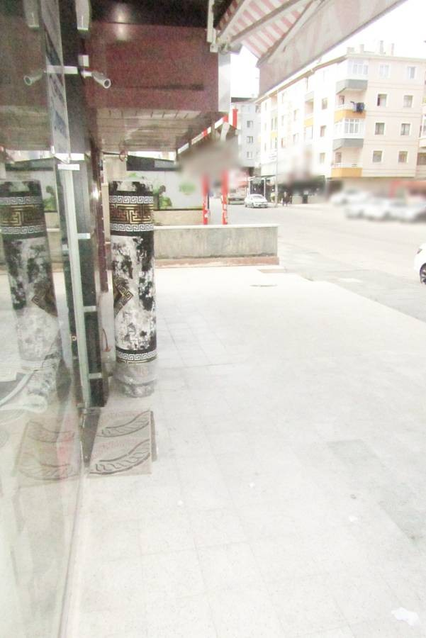 SR EMLAK'TAN  PİYADE MAH'DE 230m² CADDE ÜSTÜNDE KİRALIK DÜKKAN