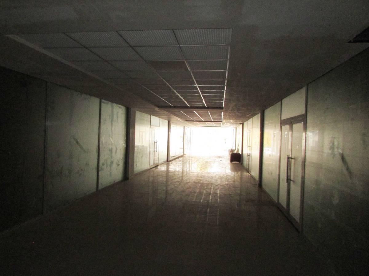 SR EMLAK'TAN OSMANLI MAH'DE 73 m²  CADDE ÜZERİNDE AVM'DE KİRALIK DÜKKAN