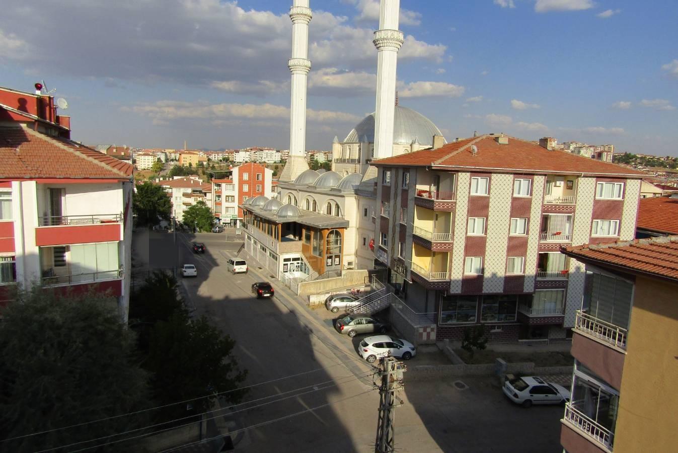 SR EMLAK'TAN PİYADE MAH'DE 4+2 240m² ÇİFT GİRİŞE UYGUN YAPILI TERAS
