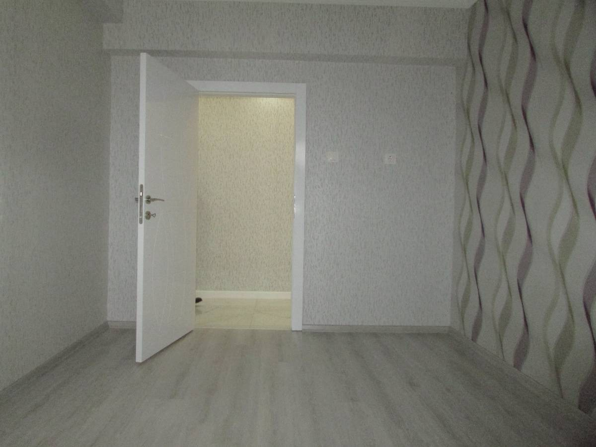 SR EMLAK'TAN TANDOĞAN MAHALLESİN'DE 3+1 105 m²  ARA KATTA FULL YAPILI BAĞIMSIZ ÖN CEPHE DAİRE