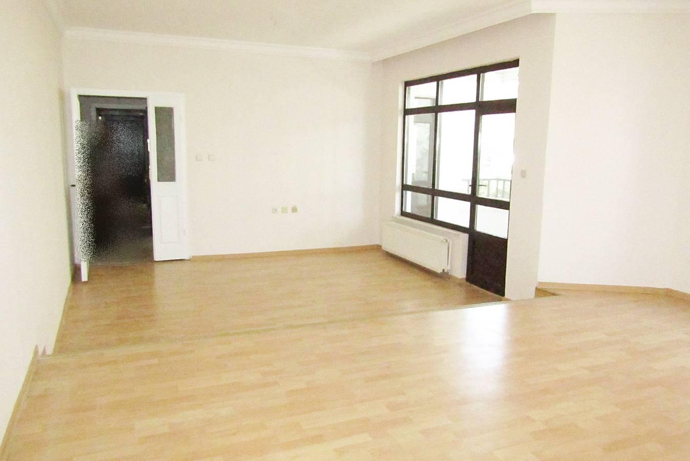 SR EMLAK'TAN İSTASYON MAH'DE 4+1 165 m²  SİTEDE ASANSÖRLÜ ÖN CEPHE DAİRE