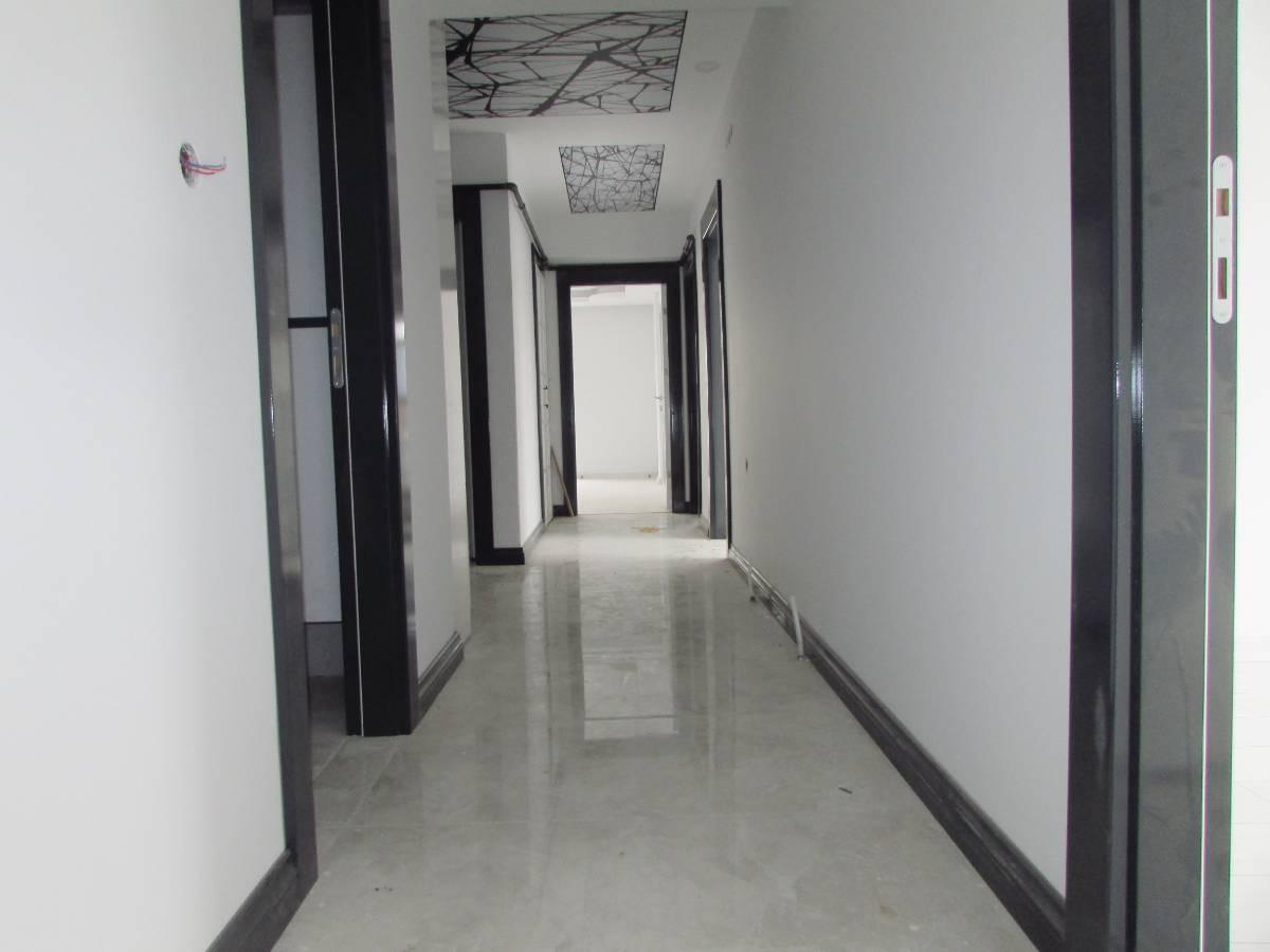 SR EMLAK'TAN PINARBAŞI MAH'DE 3+1 130 m²  YAPILI SIFIR ASANSÖRLÜ DAİRE