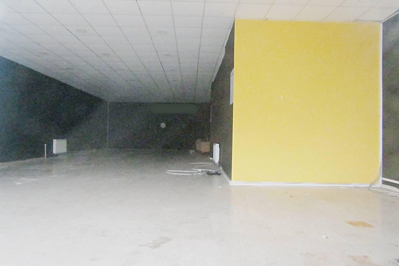 SR EMLAK'TAN ALSANCAK MAH'DE 125m² ULAŞIMA YAKIN DÜKKAN