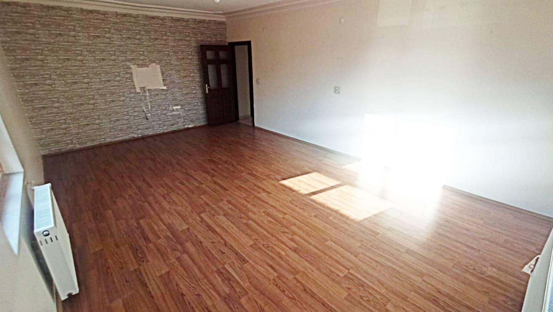 SR EMLAK'TAN İSTASYON MAH'DE 3+1 140 m² KATTA BAĞIMSIZ ÖN CEPHE DAİRE