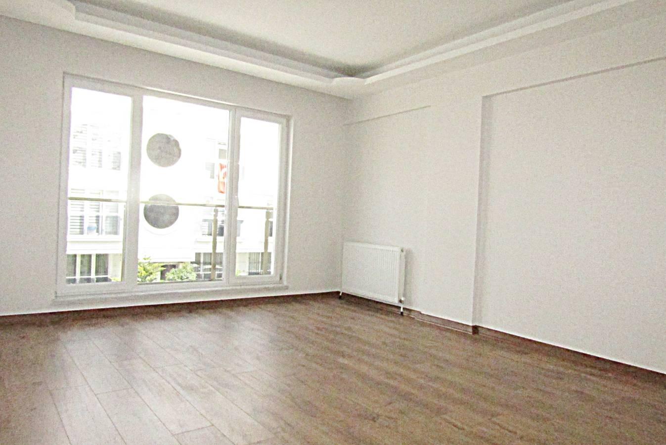 SR EMLAK'TAN İSTASYON  MAH'DE 4+1 185 m² FULL YAPILI EBEVEYN BANYOLU SIFIR  KAPALI TERAS