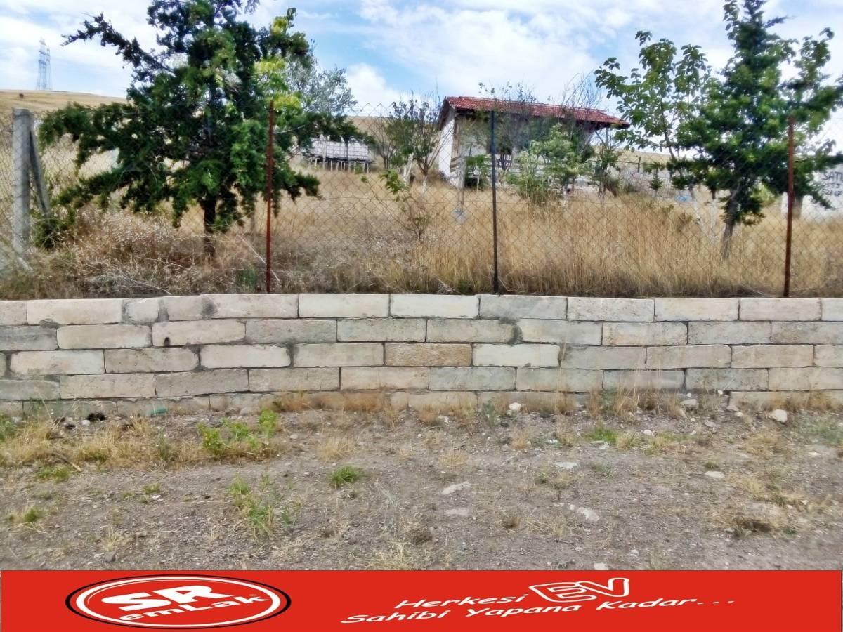 SR EMLAK'TAN SİNCAN YENİKENT 'DE 510 m²  DOĞA İÇİNDE ARSA