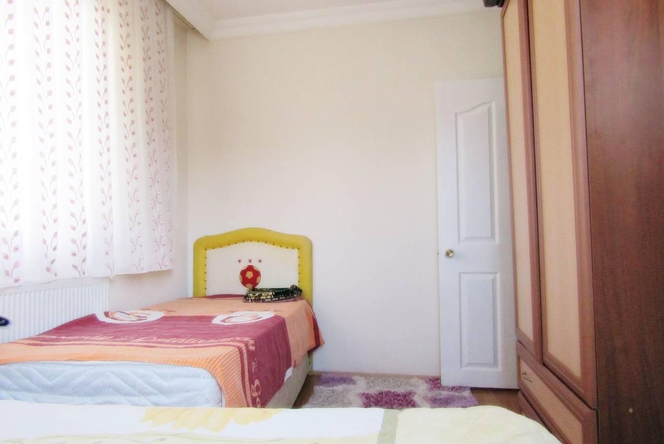 SR EMLAK'TAN PİYADE MAH'DE 4+2 230 m²  ÖN CEPHE MANTOLAMALI DAİRE