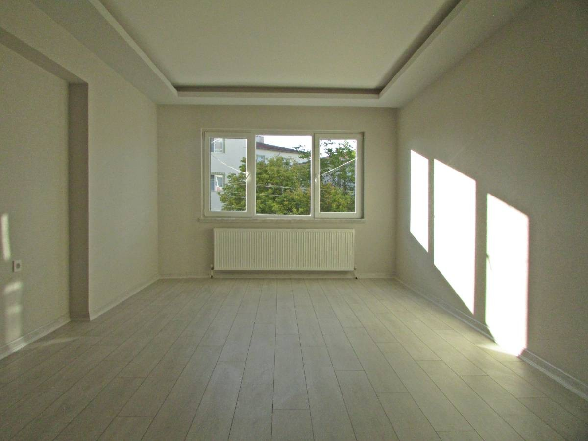 SR EMLAK'TAN TANDOĞAN MAHALLESİN'DE 2+1 90 m² SIFIR ARA KAT'TA ASANSÖRLÜ DAİRE