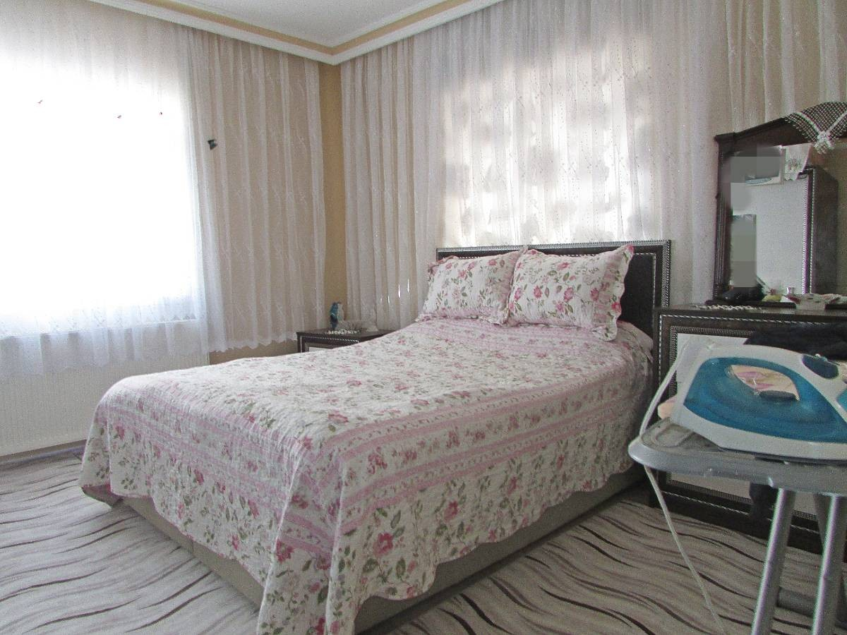 SR EMLAK'TAN TANDOĞAN MAH'DE 6+2 200 m² BAĞIMSIZ MANTOLAMALI TEK TAPU ÇİFT DAİRE