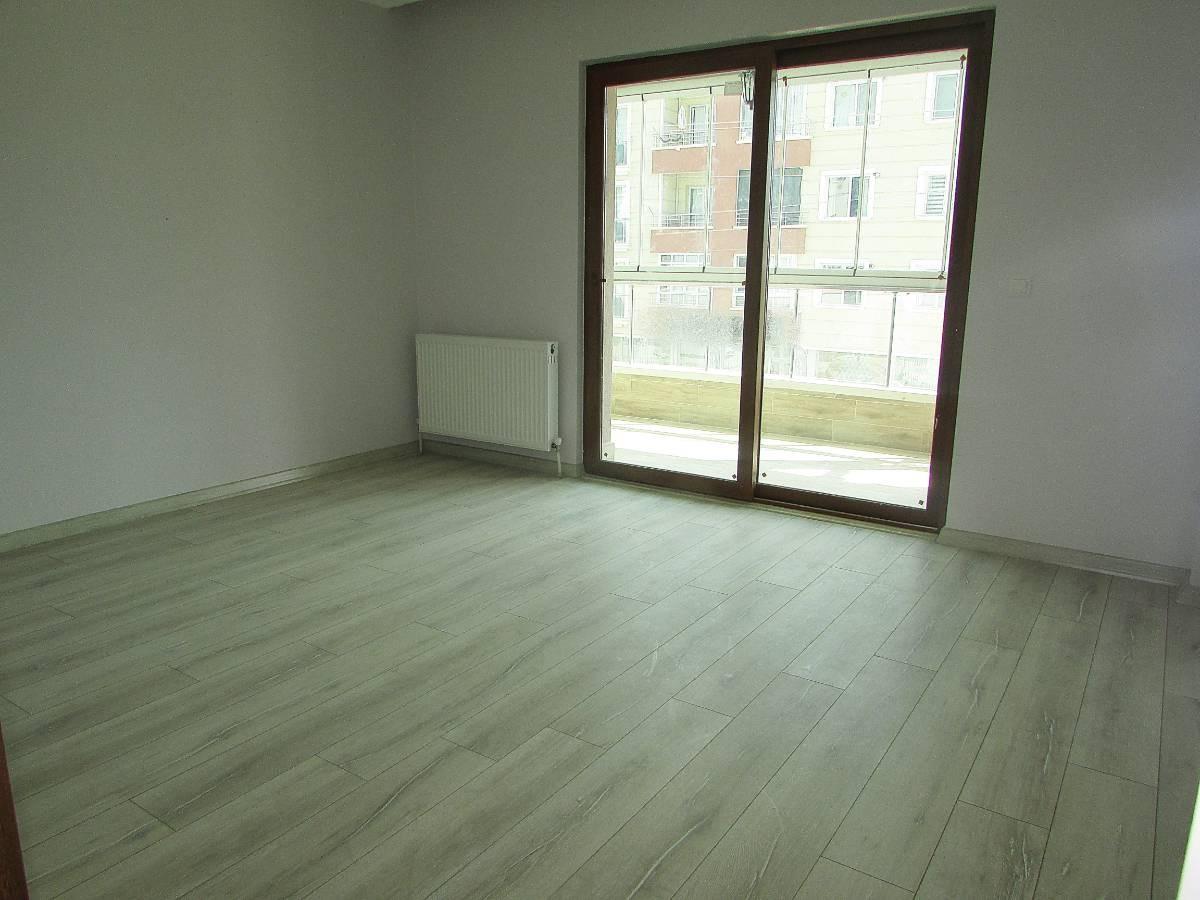 SR EMLAK'TAN M. KEMAL MAH'DE 3+1 110 m² ARA KATTA ASANSÖRLÜ MASRAFSIZ DAİRE