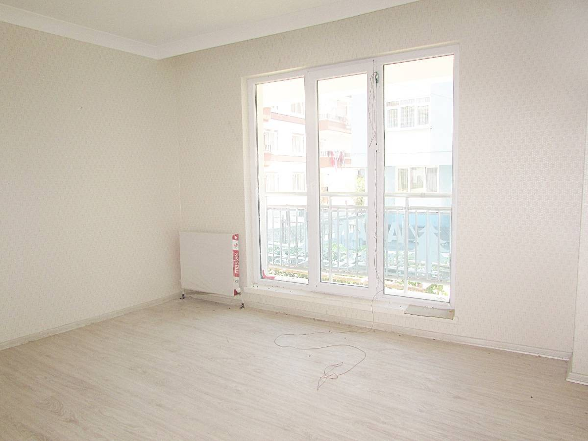 SR EMLAK'TAN İSTASYON MAH'DE 6+1 140 m² BAĞIMSIZ TERS DUBLEKS  DAİRE