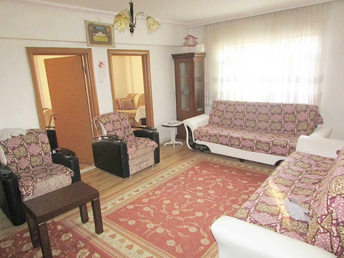 SR EMLAK'TAN İSTASYON MAH'DE 3+1 90 m² MANTOLAMALI SATILIK DAİRE