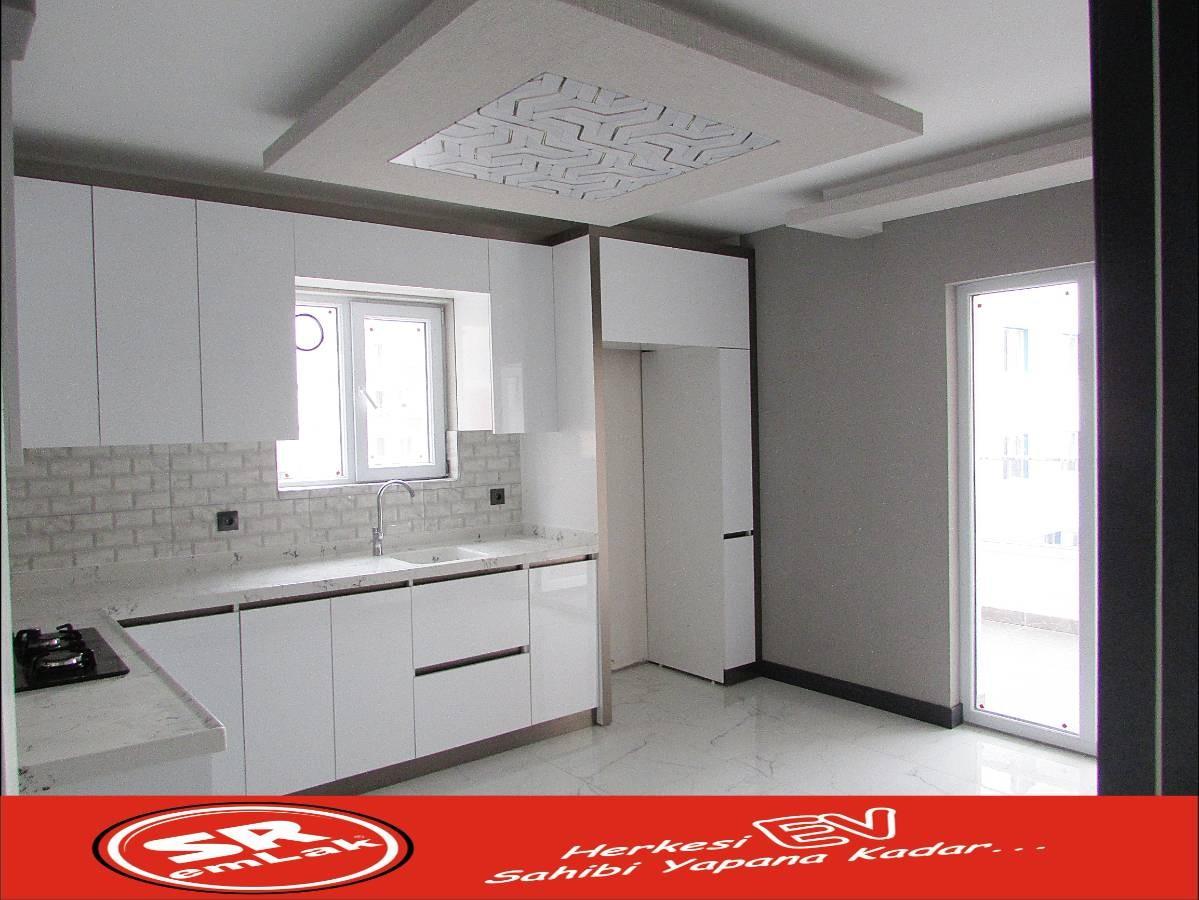 SR EMLAK'TAN FEVZİ ÇAKMAK MAH'DE 3+1 115 m² ARA KATTA ASANSÖRLÜ FULL YAPILI DAİRE