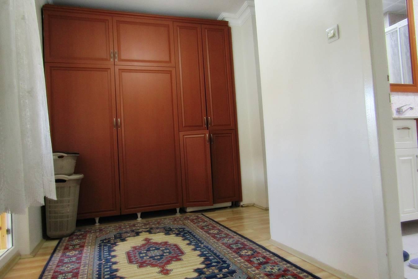 SR EMLAK'TAN KAZIM KARABEKİR MAH'DE 5+1 200m² ULAŞIMA YAKIN YAPILI TERAS