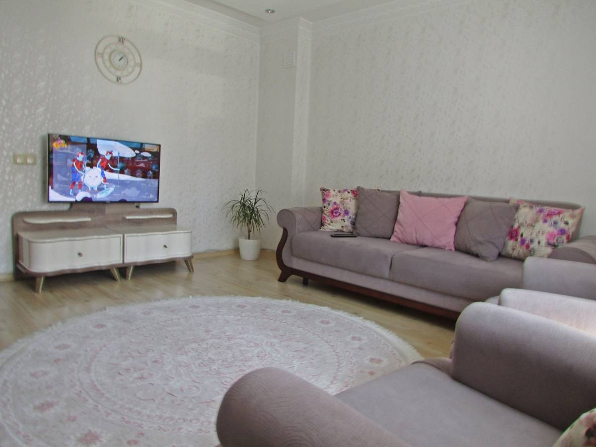 SR EMLAK'TAN TANDOĞAN MAHALLESİN'DE 2+1 85 m² BAĞIMSIZ ARA KATTA ASANSÖRLü DAİRE